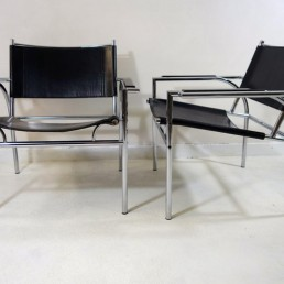 Pair of Tubular Steel Black Leather Chairs 4735 by Gerard Vollenbrock for Leolux
