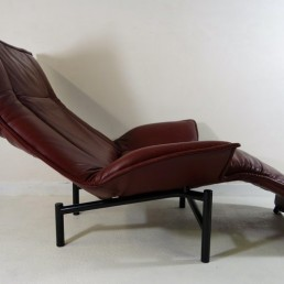 Veranda Lounge Chair by Vico Magistretti for Cassina in Brown Leather Reclining
