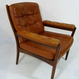 Pair of Midcentury Scandinavian Wood and Leather Armchairs by Gote Möbel