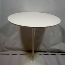 Midecntury Occasional Table Tulip by Eero Saarinen for Knoll International