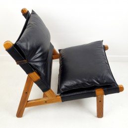 Midcentury Easy Chair with Wooden Frame and Leather Cushions