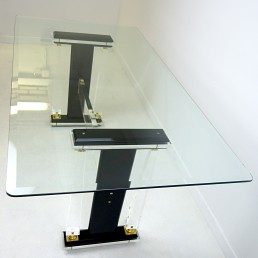Hollywood Regency Dining Table in Glass and Plexiglass with Brass Details
