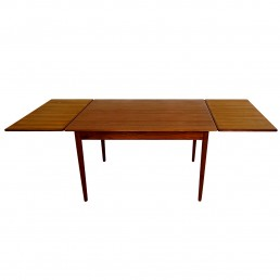 Mid-Century Modern Teak and Oak Extendable Scandinavian Dining Table