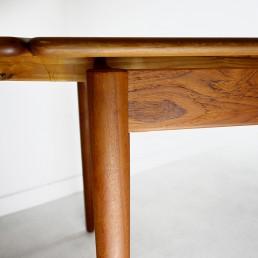 Mid-Century Modern Teak and Oak Extendable Scandinavian Dining Table